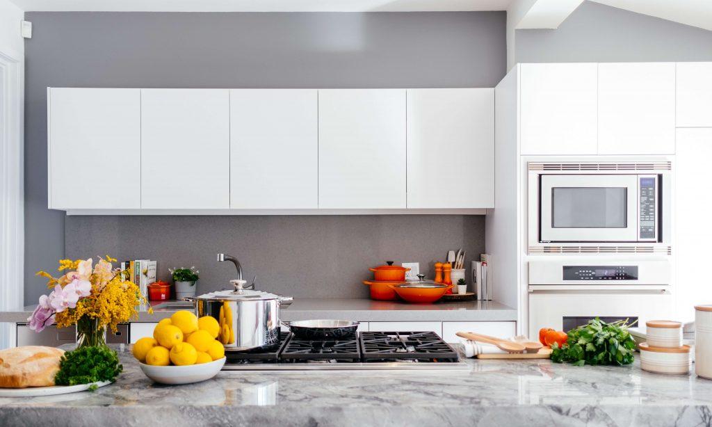 kuhinja-uredjenje-enterijera-dom-aparati-kucni-kuhinjski