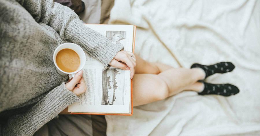 knjiga-carape-posteljina-devojka (1)